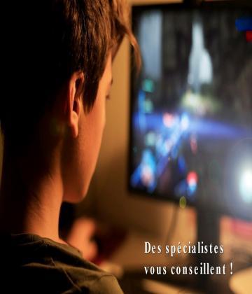 Les jeux sur internet sont le plus souvent très dangereux et ciblent que les adolescents alors comme parents soyez un peu vigilants.